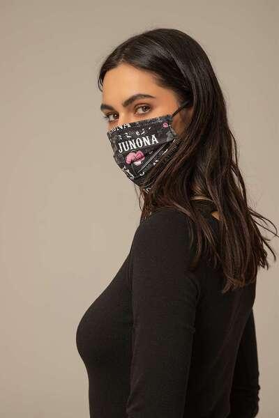 Face mask with filter pocket