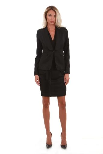 Elegant black blazer